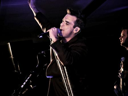 Robbie Williams - iTunes Live From London