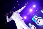 Image 3: Akon performing at the Jingle Bell Ball