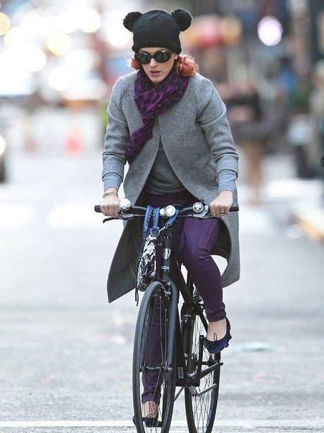 Katy Perry bike ride