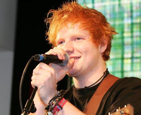 Ed Sheeran sings live