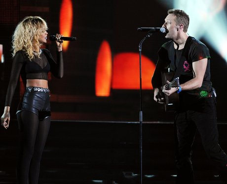 Rihanna and Coldplay live at the 2012 Grammy Awards