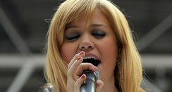 Kelly Clarkson live at the Summertime Ball 2012