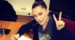 Jessie J tweets a picture