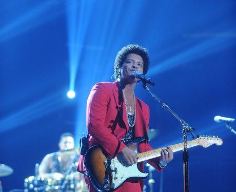 Bruno Mars 'Moonshine Jungle' Tour