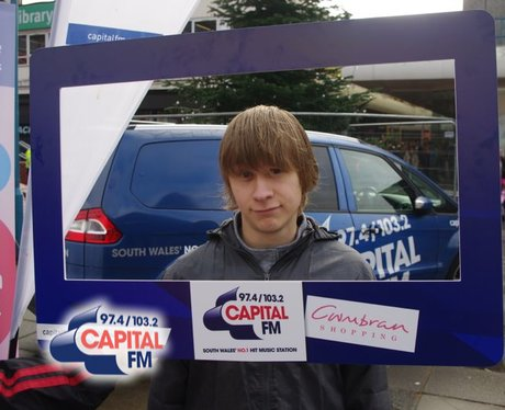 Cwmbran Shopping: Guess The Star In The Car