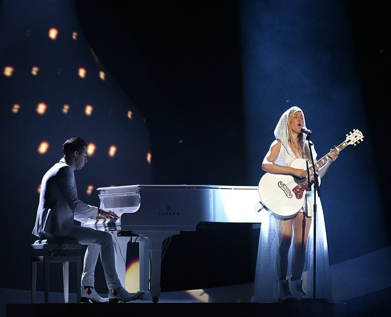 Ellie Goulding at the Brit Awards 2014