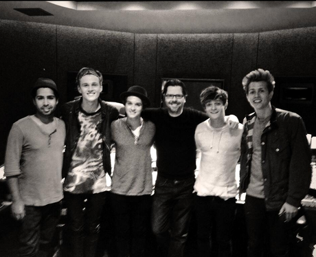 The Vamps and Savan Twitter