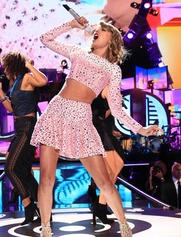 Taylor Swift iHeart Radio 2014