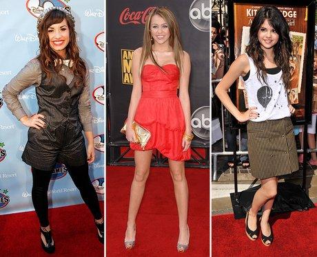 Demi Lovato, Miley Cyrus and Selena Gomez: Red Car