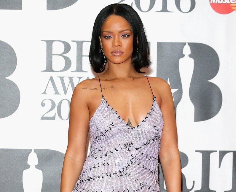 Rihanna Red Carpet Arrivals Brit Awards 2016