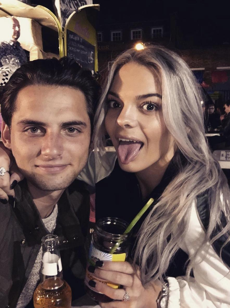 louisa dating Louisa johnson spoke at the global's make some noise gala about the dating rumours surrounding singer olly murs and tv presenter melanie sykes – details here.